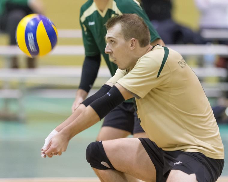 Marc-Antoine Pitre et ses coéquipiers volleyeurs de l'Université de Sherbrooke ont malheureusement subi l'élimination, en demi-finale face aux Carabins.