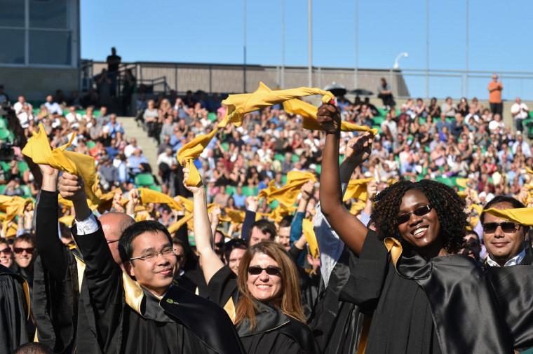 En 2006, l'Université concevait une collation des grades unique, riche de sens et de fierté.