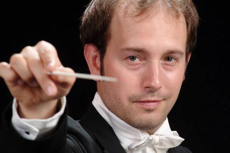 François Bernier, chef de l'Orcheste symphonique de l'École de musique