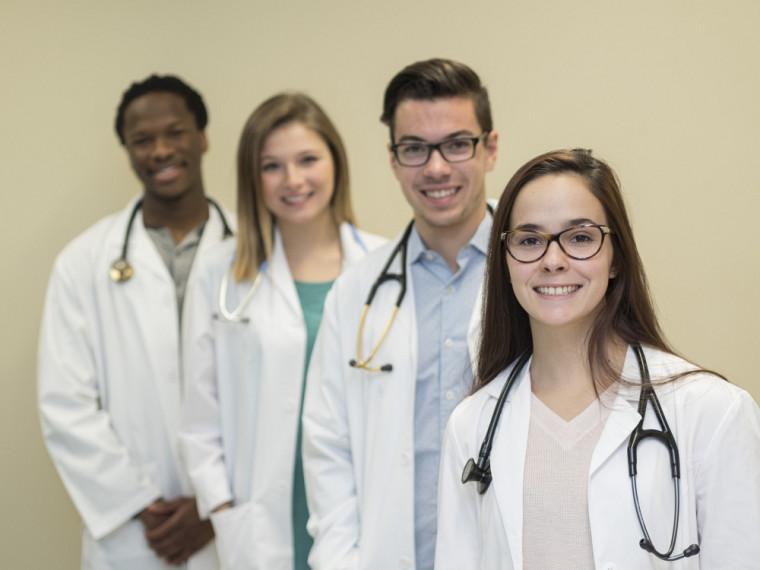 La FMSS offrira à compter de l'automne2017 une formation en médecine entièrement révisée, enrichie et modernisée.