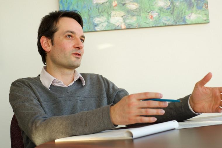 Le professeur Jean-François Roberge est également directeur des programmes en prévention et règlement des différends à la Faculté de droit.
