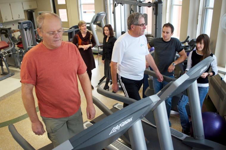Les travaux de l'équipe de la professeure Dionne permettront de décupler les effets de la prévention et d'améliorer concrètement les capacités physiques des personnes âgées.