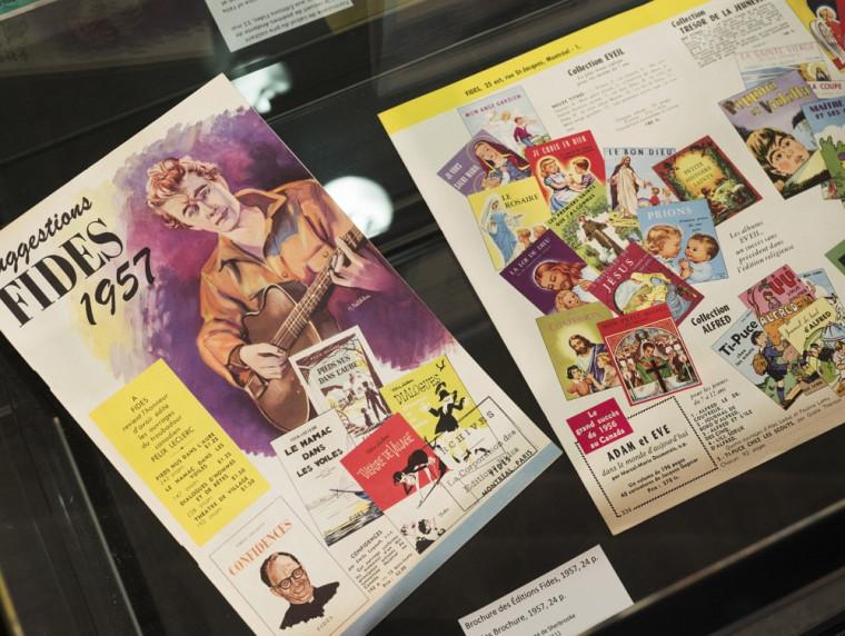 Brochure publicitaire des Éditions Fides en 1957, présentée dans le cadre de l'exposition «Entre l'auteur et le lecteur: l'archive».