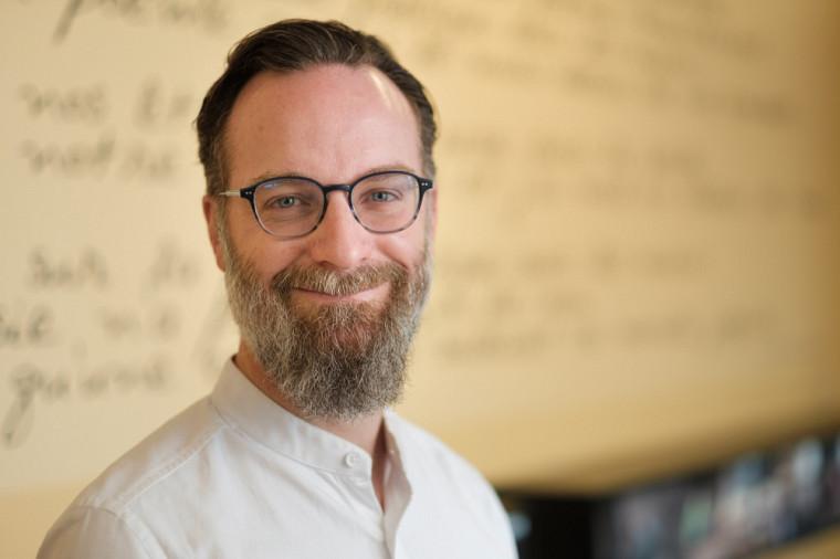 Le professeur Dany Baillargeon pilote la Grande interaction pour rompre avec l'âgisme.