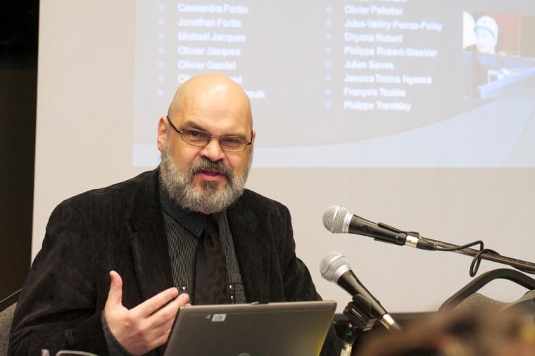 Léon Robichaud, professeur au Département d'histoire et responsable du projet Sherbrooke, histoire et patrimoine (photo d'archives)