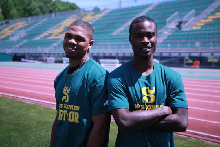 Jermer Braswell etTyree Harris étaient heureux de rencontrer leurs nouveaux coéquipiers et découvrir les installations sportives du Vert & Or cette semaine sur le Campus principal de l'Université de Sherbrooke.