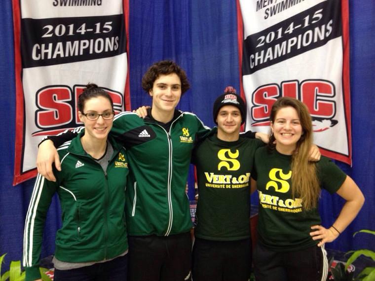 Les quatre représentants du Vert & Or au Championnat SIC de natation à Victoria (C.-B.).
