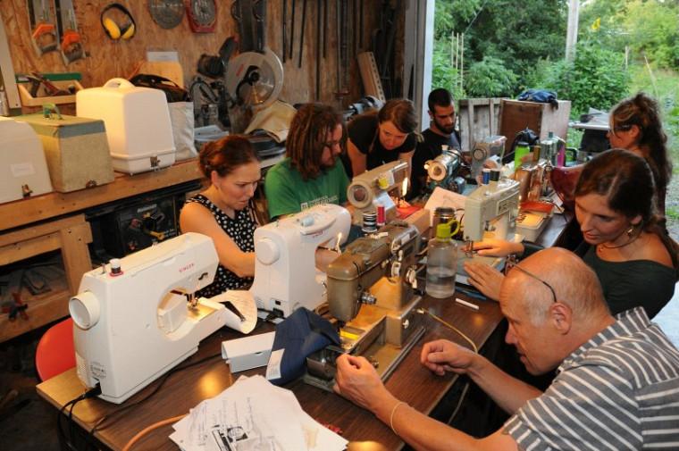 Des participants lors d'un atelier de formation à La Fabrique