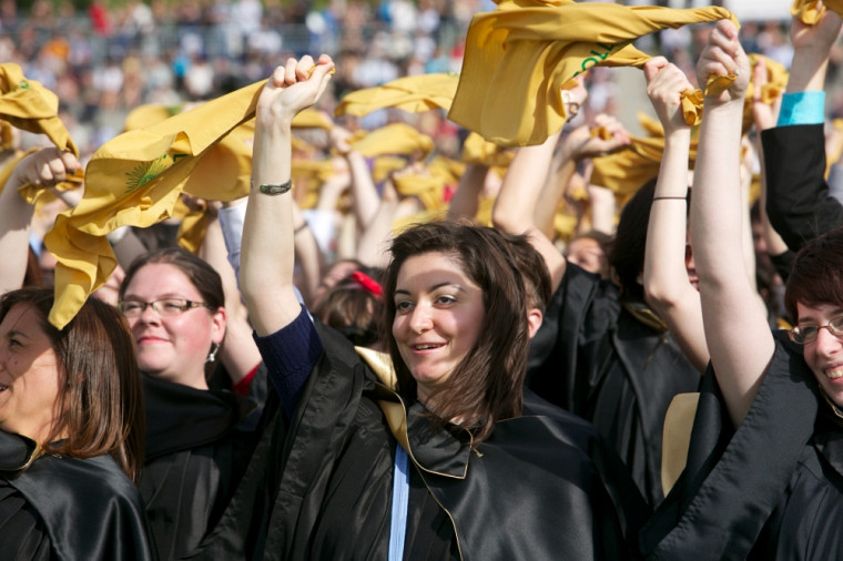 La cohorte 2014 comptait près de 4500nouveaux diplômés. De ce nombre, plus de 2500finissants étaient présents à la cérémonie de samedi.