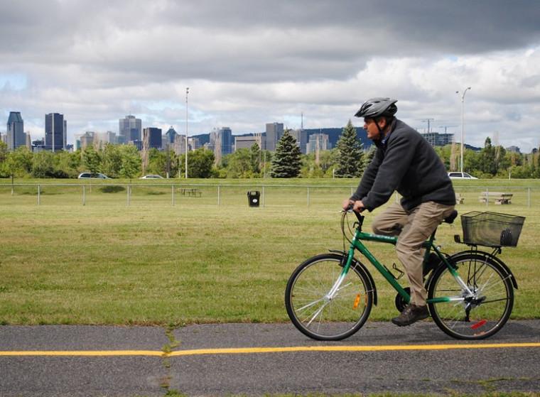 Comme leurs collègues de Sherbrooke, les membres de la communauté universitaire qui fréquentent le Campus de Longueuil ont accès gratuitement à des vélos en libre-service.