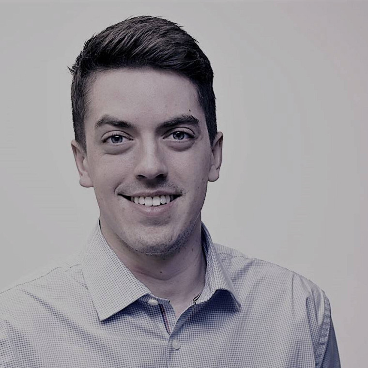 Jean-Simon Campbell, vice-président de l'agence DACTYLO communication, a su se tailler une place dans le monde des affaires grâce à sa formation de 2e cycle en leadership public.