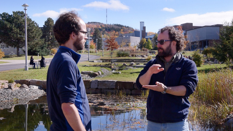 Sous la direction du professeur Yannick Huot, l'échantillonnage de 680 lacs permettra de dresser un portrait représentatif de la situation.
