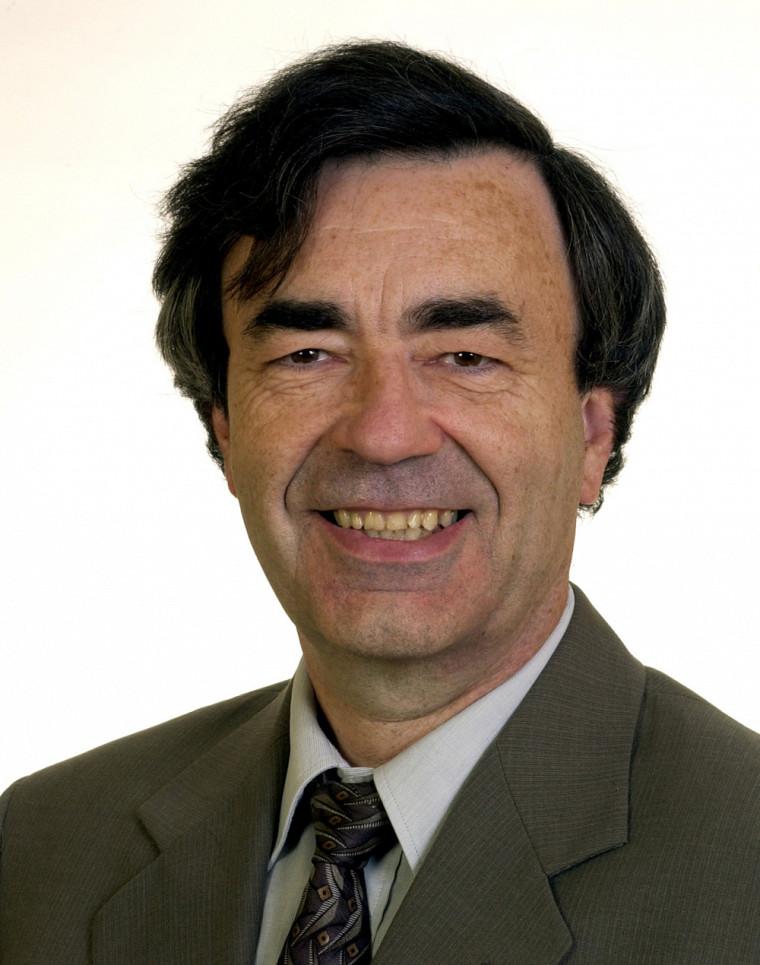 Le professeur émérite Jean Nicolas, ancien-vice-recteur à la recherche, de 1997 à 2001.