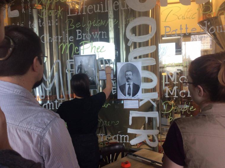 Montage de l'exposition au Siboire.