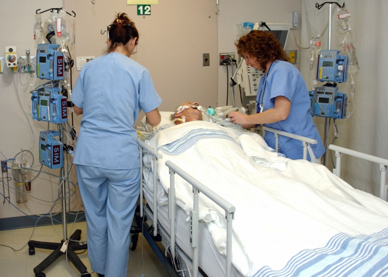 «Combien d'heures peut-on travailler par jour tout en assurant la sécurité des patients?», s'interroge Pr Christian Rochefort.