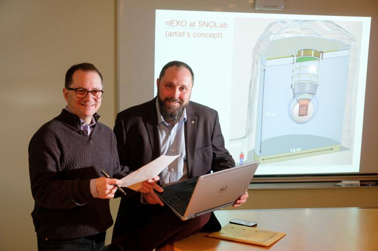 Les Prs Serge Charlebois et Jean-François PratteNote :image prise en février, avant que les mesures de distanciation soient en vigueur