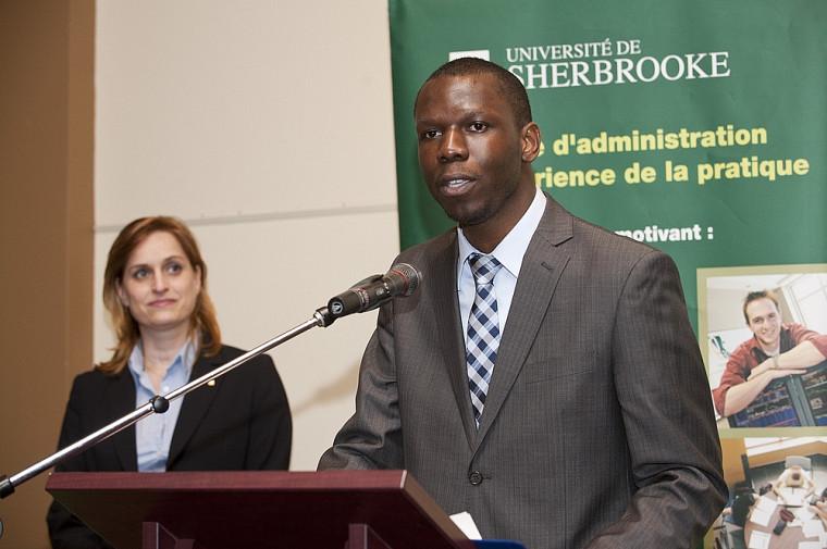 Konan Nokan Hagouagn'rin, récipiendaire de la bourse Hydro-Québec 2010, a livré un vibrant témoignage.