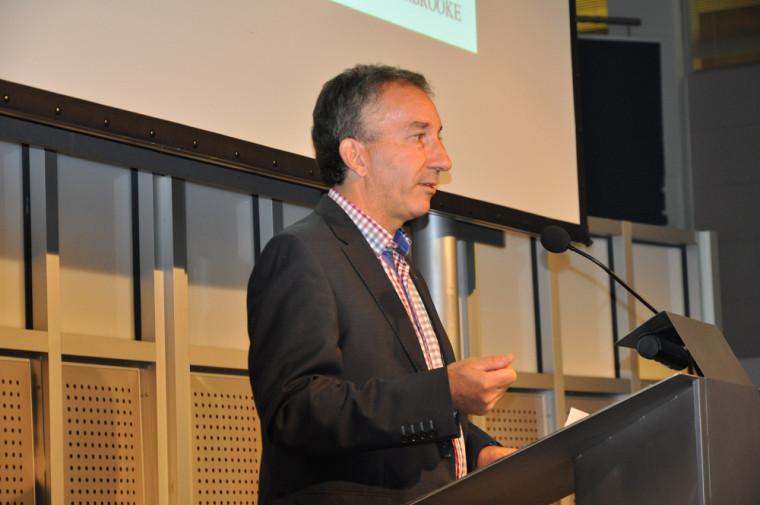 Monsieur Claude Gaulin, directeur général du Service des ressources financières, agit à titre de président de la campagne Centraide 2018 à l'UdeS.