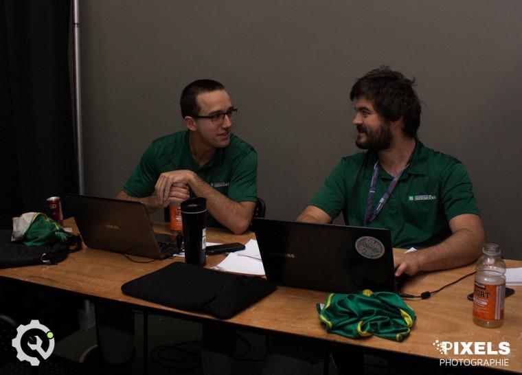 Bastien G. Ouellet et François Turcotte, diplômés de la 59e promotion en génie mécanique, UdeS, 1er rang lors de l'épreuve de la réingénierie, CQI - 2018