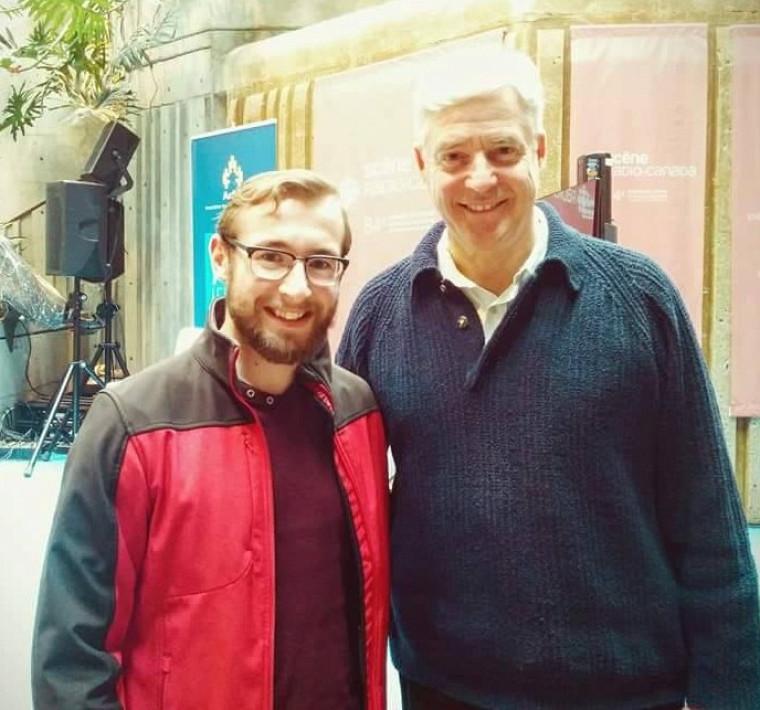 François Rheault en compagnie de l'animateurCharles Tisseyre lors de l'émission Découverte à Radio-Canada