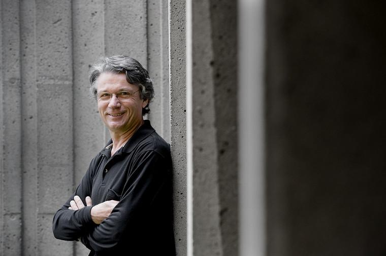 Le professeur Laurier Fortin, chevalier de l'Ordre des Palmes académiques