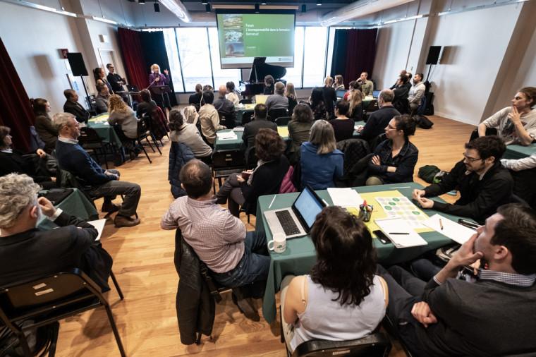 Organisé par le vice-rectorat aux études et le vice rectorat à l'administration et au développement durable, le forum L'écoresponsabilité dans la formation universitaire à l'UdeS a réuni près d'une centaine de personnes en avril dernier, dans le cadre du Mois de la pédagogie universitaire.