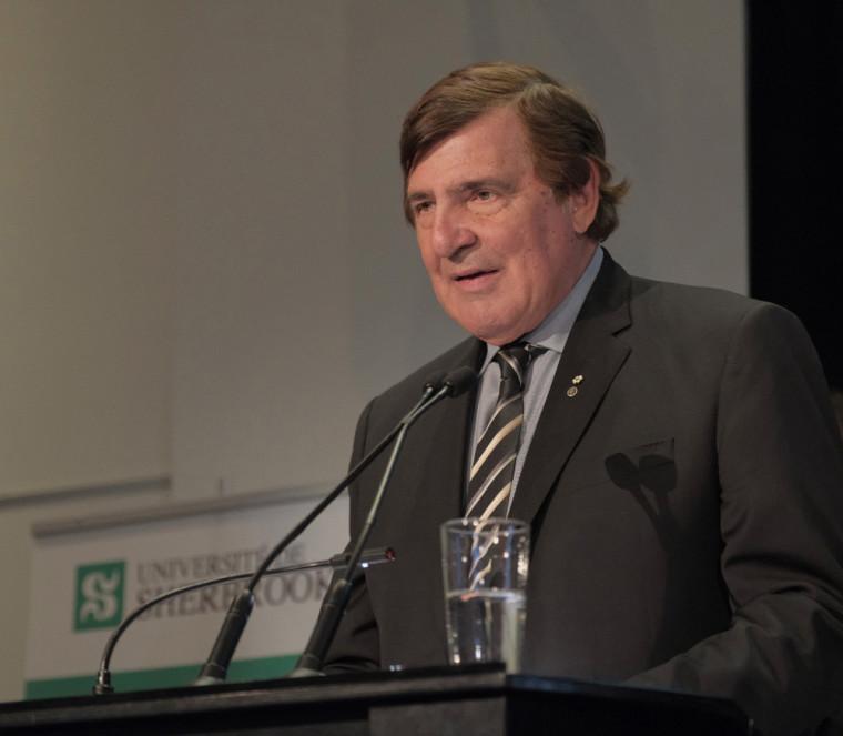 Le président de la Corporation études-sports de l'UdeS, Serge Savard.