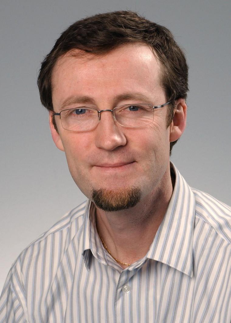Le professeur Éric Marsault