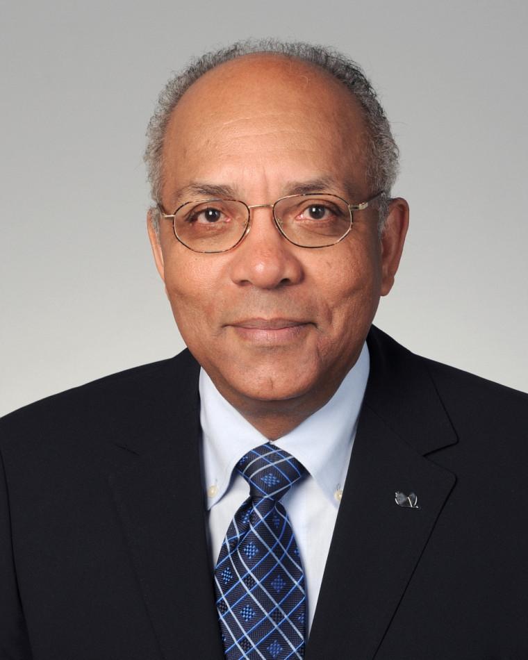 La Faculté de médecine et des sciences de la santé décernera le titre de professeur émérite à Raymond Duperval.