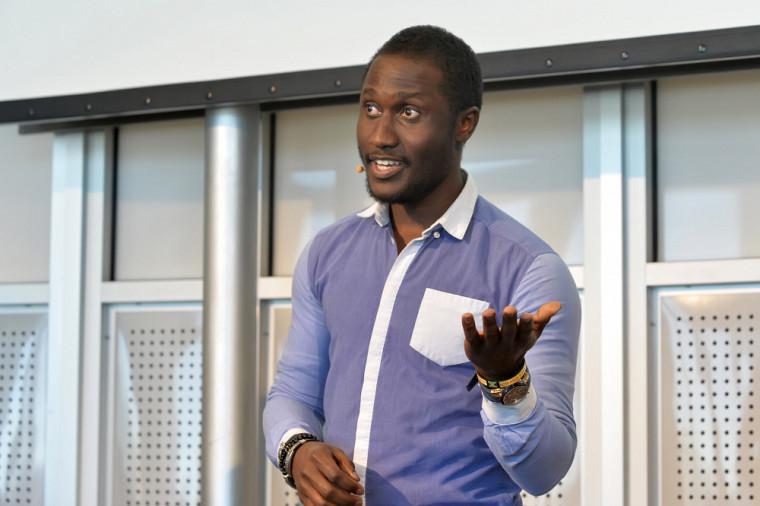 Le 2e prix a été accordé à Alex Brice Poungoue Mbeunmi, de la Faculté de génie.