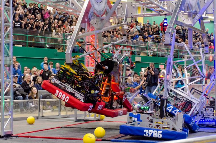 Premier festival de robotique à Sherbrooke au Centre sportif de l'UdeS