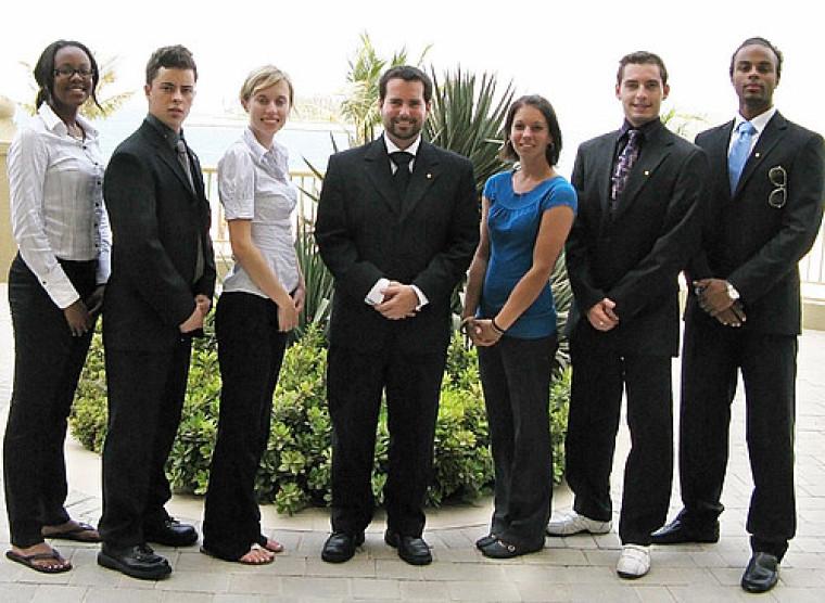 Myrlande Nérée, Julien Lessard, Angéline Jeanson, Mathieu Béland, Stéphanie Lefebvre, Jean Bérubé et Daniel Benoni-Théroux.