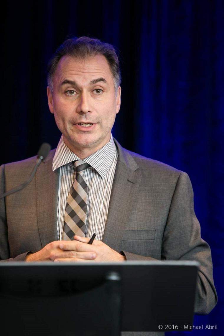 Pr Frank Coggins, titulaire de la Chaire Desjardins en finance responsable à l'École de gestion de l'Université de Sherbrooke.