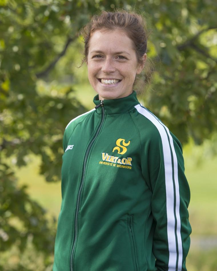 Anouk Morasse a été la plus rapide du Vert&Or parmi les cinq coureuses de l'UdeS au 6km du Championnat de cross-country de Sport interuniversitaire canadien, samedi.