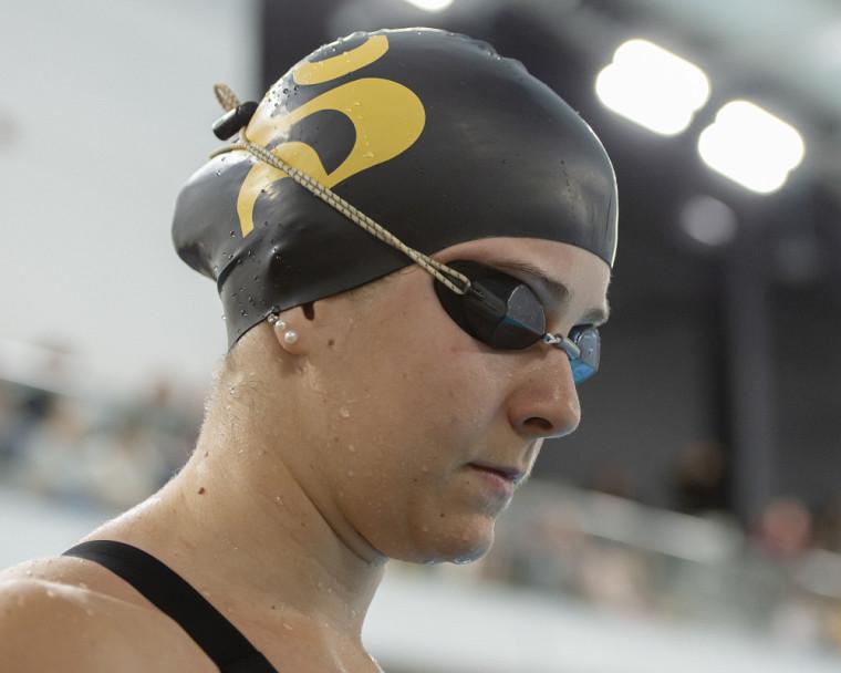 Simonne Couture a réalisé un standard U Sports et mérité la médaille de bronze au 200 m papillon samedi dernier, à Ottawa.