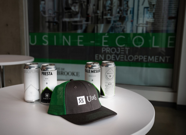 Parmi les souhaits des propriétaires de la microbrasserie Siboire, il y a celui de redonner aux gens qui soutiennent l'entreprise depuis le début de leur aventure à Sherbrooke.