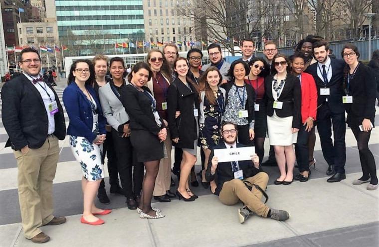 La délégation de l'UdeS a été reconnue commeDistinguished delegation lors de l'édition 2016 duNational Model United Nations – New York(NMUN-NY), la plus grande simulation des travaux de l'Organisation des Nations Unies (ONU) au monde.