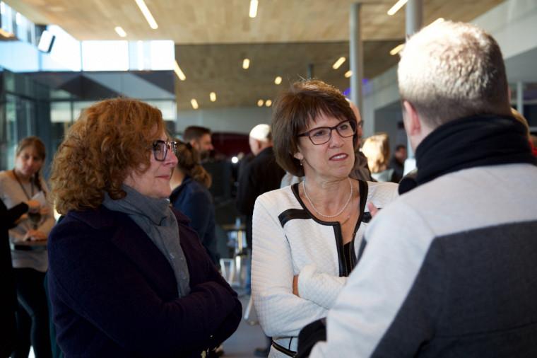 La vice-doyenne Anick Lessard et la rectrice Luce Samoisette, lors de la cérémonie d'inauguration.