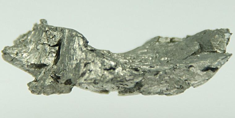 Un échantillon de gadolinium.