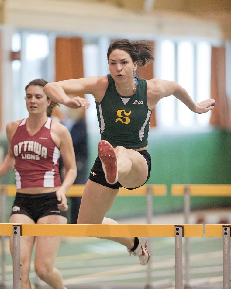 L'étudiante athlète du Vert&Or Pascale Délisle, nommée athlète de l'année en athlétisme par le Réseau du sport étudiant du Québec.