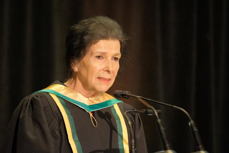 La nouvelle docteure d'honneur de la Faculté des lettres et sciences humaines a pris la parole dans un moment empreint de respect et d'humilité.