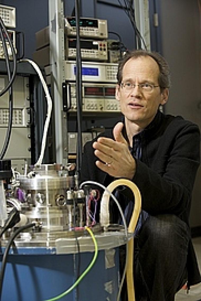 Le professeur Taillefer explique dans Scientific American que la supraconductivité à température ambiante pourrait changer le monde d'ici2050.