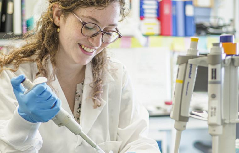 Maude Hamilton est étudiante à la maîtrise en biologie cellulaire.