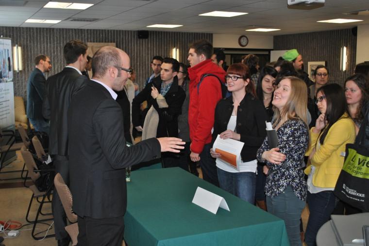 Les étudiants pouvaient poser toutes leurs questions aux différents intervenants présents.