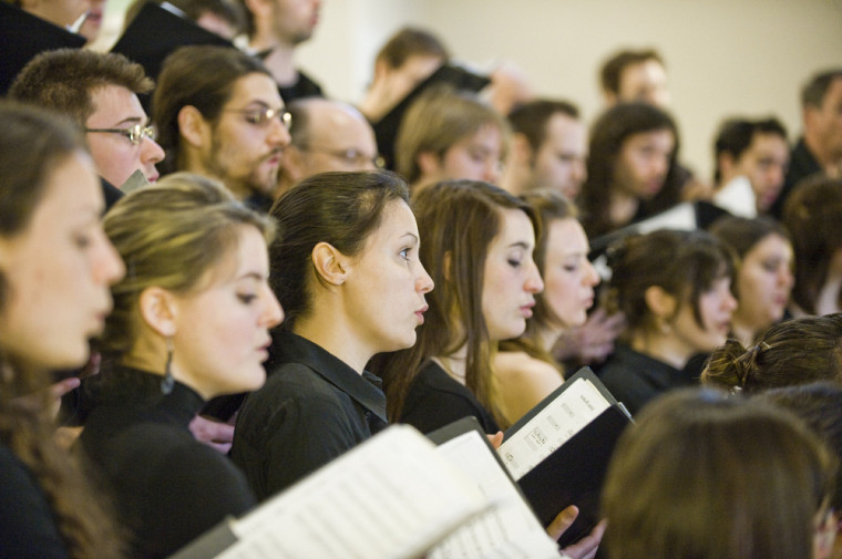 Choristes expérimentées recherchées.Joignez les rangs de l'Ensemble vocal dès maintenantet soyez parmi les choristes des concerts prévus les 13 novembre 2016 et 4 décembre 2016!