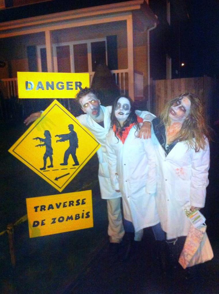 Les équipes d'étudiants se déguisent en zombies-médecins et font du porte-à-porte pour informer la population et lui expliquer l'importance de consentir au don d'organes.