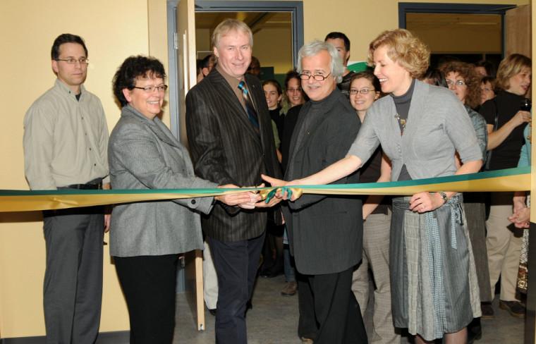 Inauguration de l'École de réadaptation