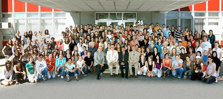 Les étudiantes et étudiants de la cohorte 2007-2011 en médecine de l'UdeS se sont classés 2esaux examens d'aptitude du Conseil médical du Canada.