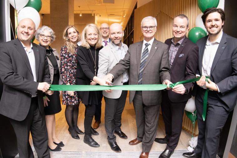 L'espace 360d a été inauguré en présence de membres de la direction de Desjardins et de l'Université de Sherbrooke.