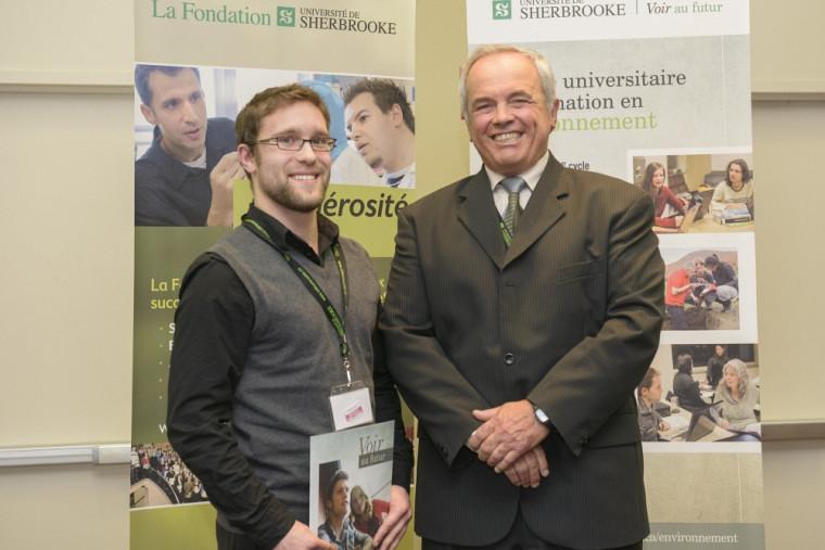 Bourse d'admission 2e cycle - MM. Nicolas Dubé-Tourigny, récipiendaire et Michel Montpetit, directeur du CUFE.